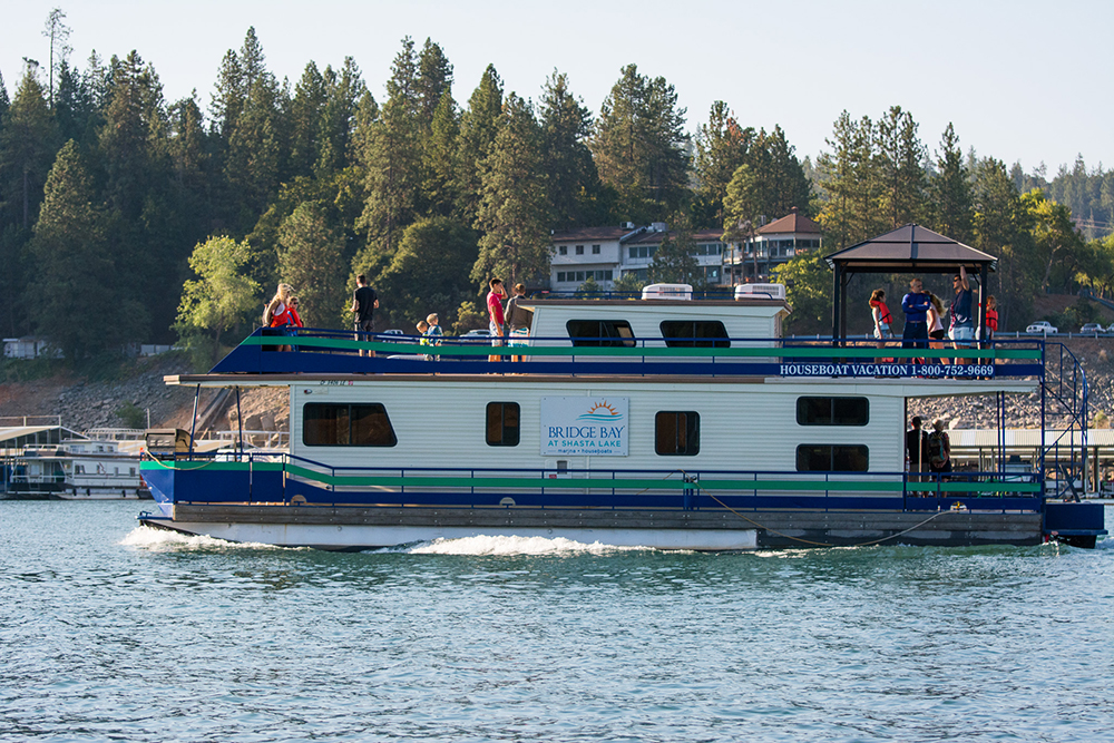 House boat rentals california 28 images summit for Houseboats for rent in california